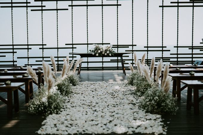 Wedding Elley & Leo by Bali Izatta Wedding Planner & Wedding Florist Decorator - 001