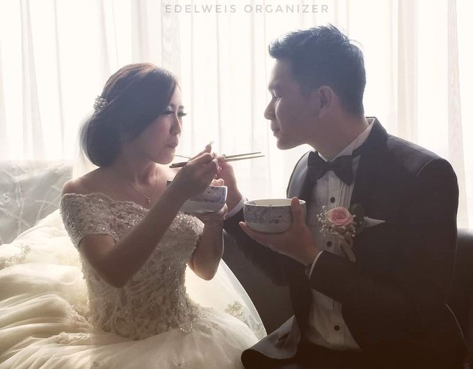 Wedding Day of Yoki & Junike by Edelweis Organizer - 014