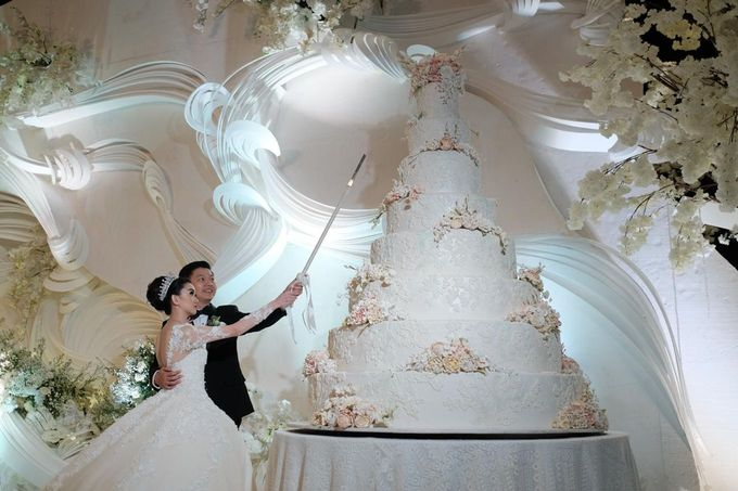 7 & 8 tiers Wedding Cake by LeNovelle Cake - 005