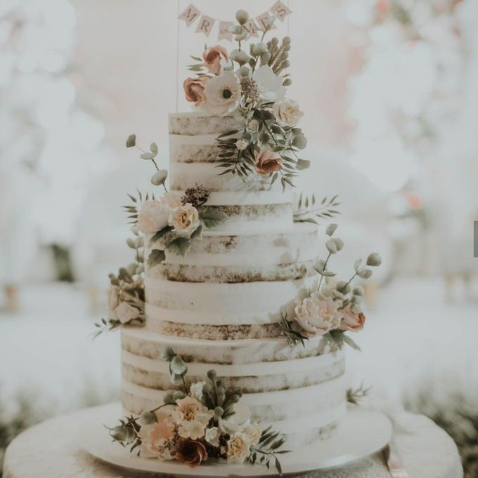 3 layers wedding cakes by LeNovelle Cake - 015