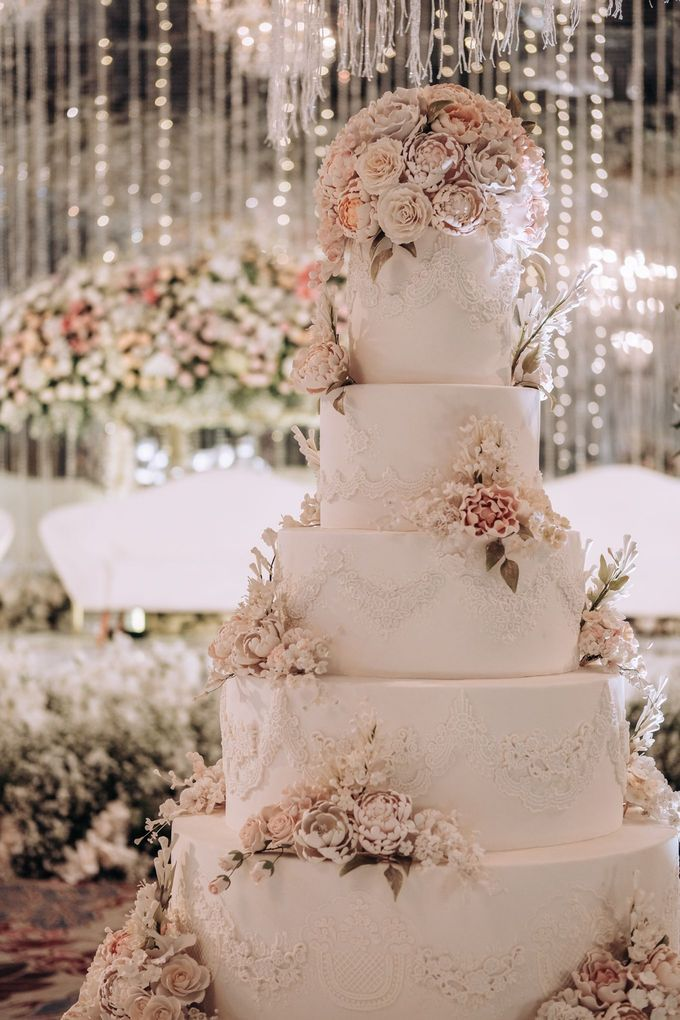 5 & 6 Tiers Wedding Cake by LeNovelle Cake - 008