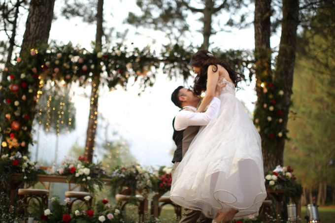 Nita & Edwin Wedding At PineHill Cibodas by Josh & Friends Entertainment - 026