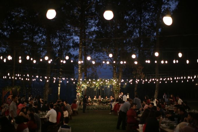 Nita & Edwin Wedding At PineHill Cibodas by Josh & Friends Entertainment - 023