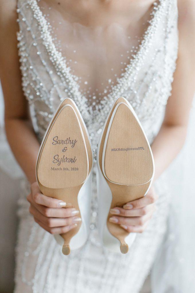 The Wedding Of Sandhy & Sylvani by de_Puzzle Event Management - 011
