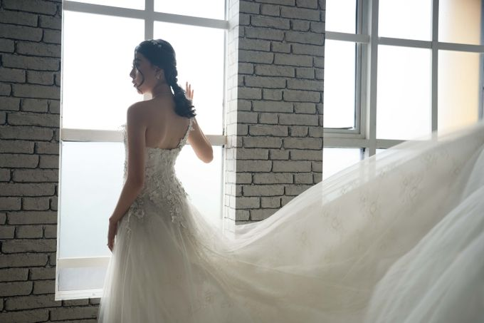 photoshoot wedding gown by Rosegold - 008