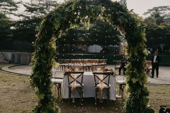 Lia and Ranggi Wedding Decoration by AKSA Creative - 004