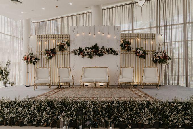 Lia and Ranggi Wedding Decoration by AKSA Creative - 010