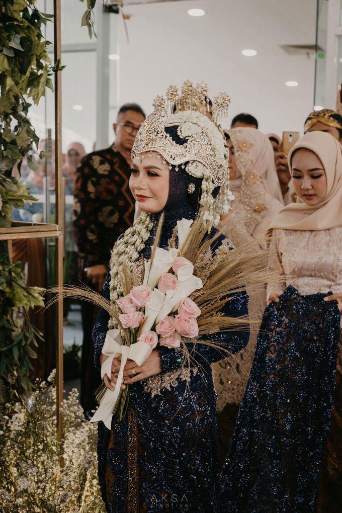 Lia and Ranggi Wedding Decoration by AKSA Creative - 014