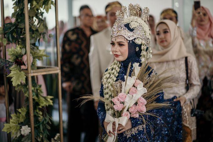 Lia and Ranggi Wedding Decoration by AKSA Creative - 027