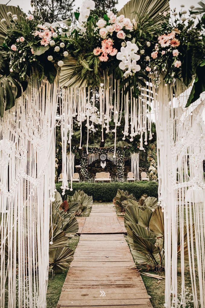 The Wedding of Lidia Dhany by Elior Design - 001