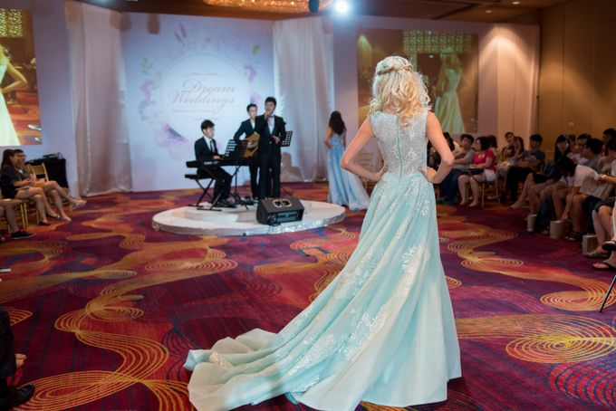 Bridal Gown Fashion Show At Mandarin Orchard Singapore by La Belle Couture Weddings Pte Ltd - 017