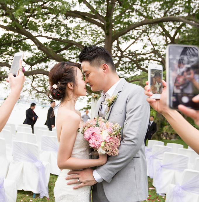 Brides by LING Chia Makeup & Hairstyling - 016