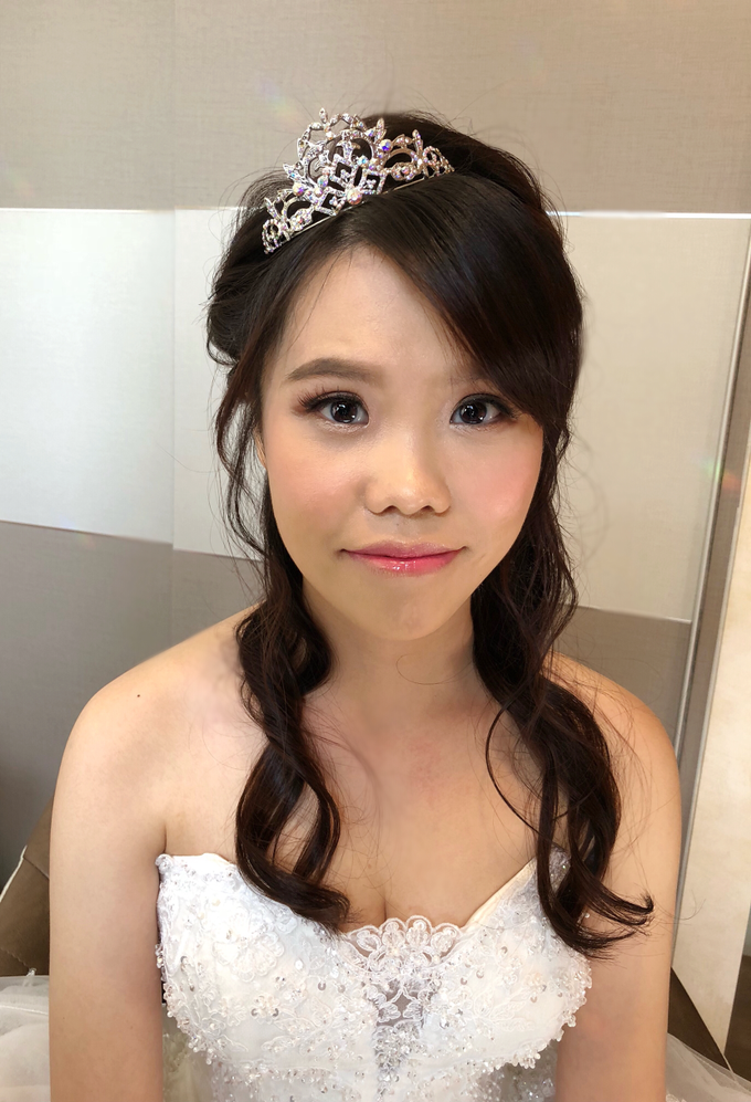 Brides by LING Chia Makeup & Hairstyling - 017