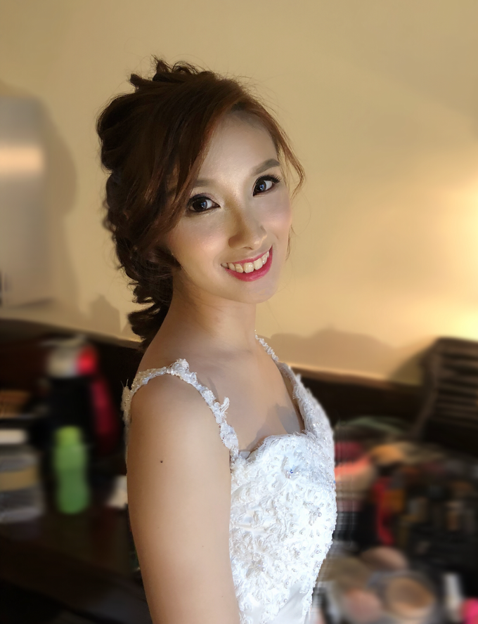 Brides by LING Chia Makeup & Hairstyling - 038