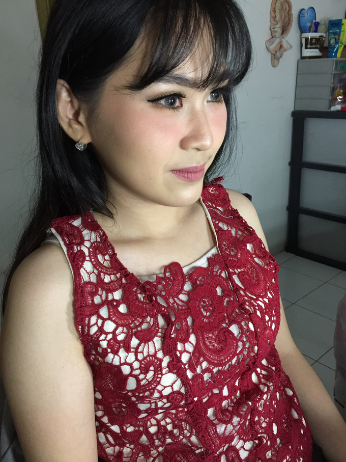 Ms. Monic Engagement by Livia Eletra Makeup Artist - 004