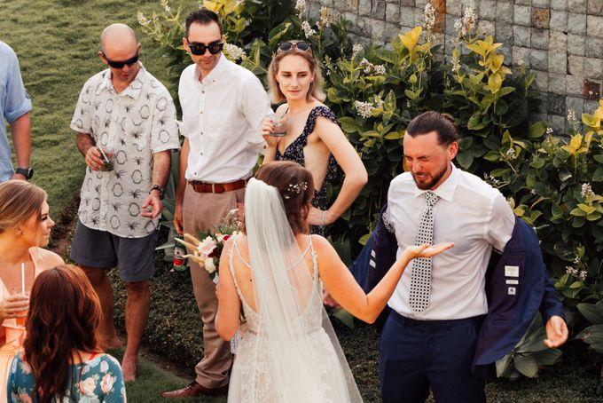 Lizzy & Sean Wedding in Bali by Dedot Photography - 010