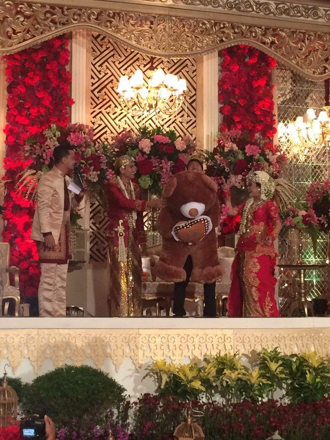 Wedding Reception By Rina Gunawan WO by Chanzy Fauzi MC - 005