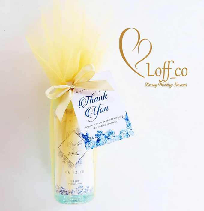 Deep Cleansing Hand Soap and Shower Gel by Loff_co souvenir - 034