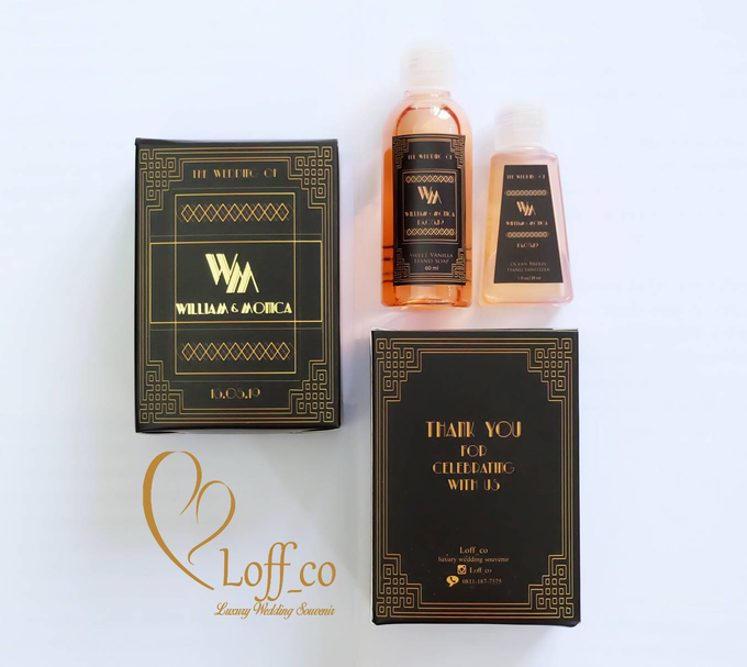 Deep Cleansing Hand Soap and Shower Gel by Loff_co souvenir - 039