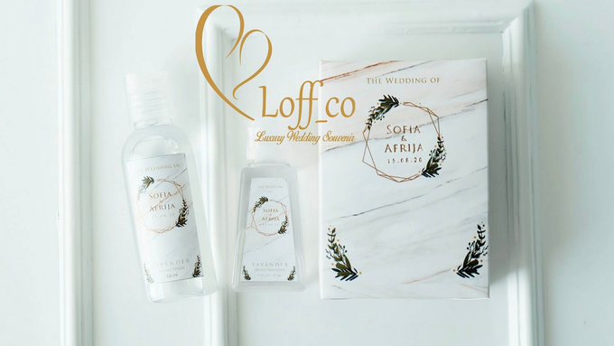 Deep Cleansing Hand Soap and Shower Gel by Loff_co souvenir - 049
