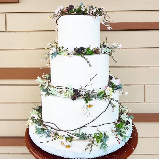 3 Tiers by Amor Cake - 004