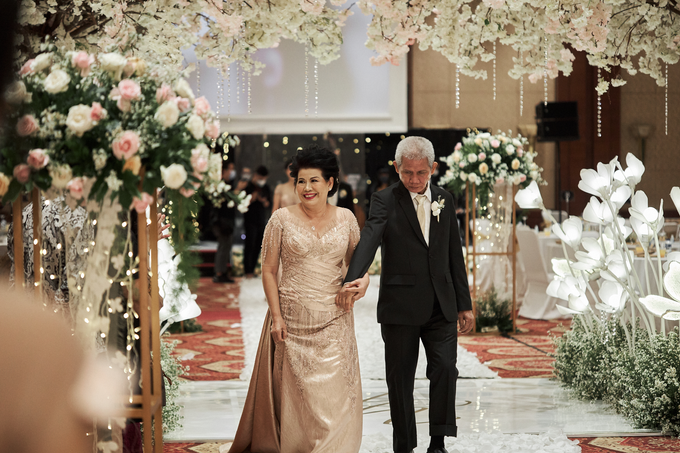 Ancilla And Yulius Wedding Day by LOTA   LAURENT AGUSTINE - 010