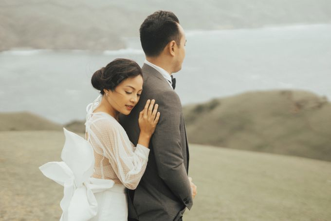 Louie and Karen Prenup at Batanes by Honeycomb PhotoCinema - 001