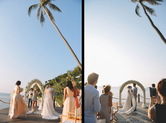 Beach wedding photo at Conrad Koh Samui by Lovedezign Photography - 026
