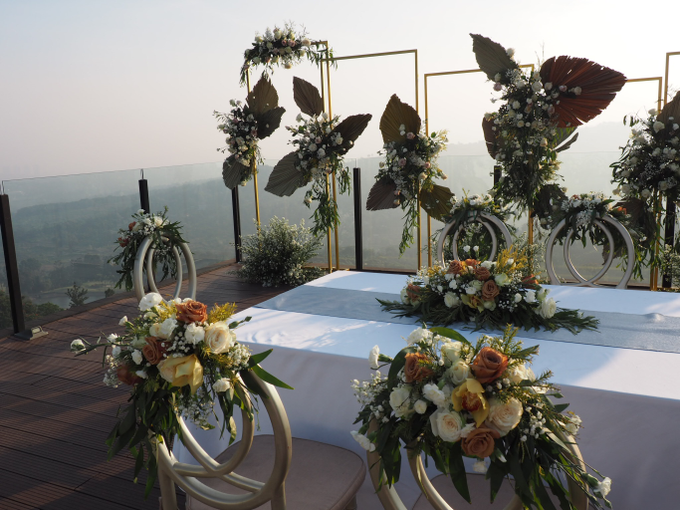 Modern intimate wedding by Lovemedecor.id - 008
