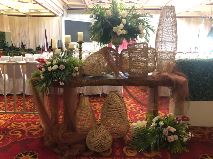 Batak Garden Wedding by Lovemedecor.id - 022