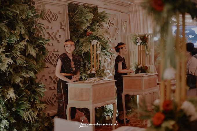 Batak Garden Wedding by Lovemedecor.id - 031