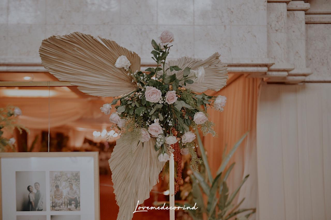 Batak Garden Wedding by Lovemedecor.id - 046