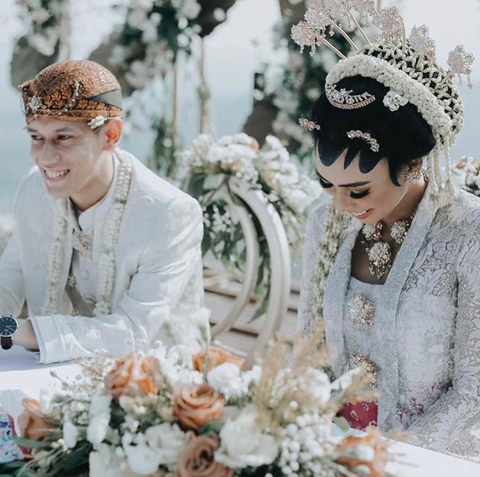 Modern intimate wedding by Lovemedecor.id - 020
