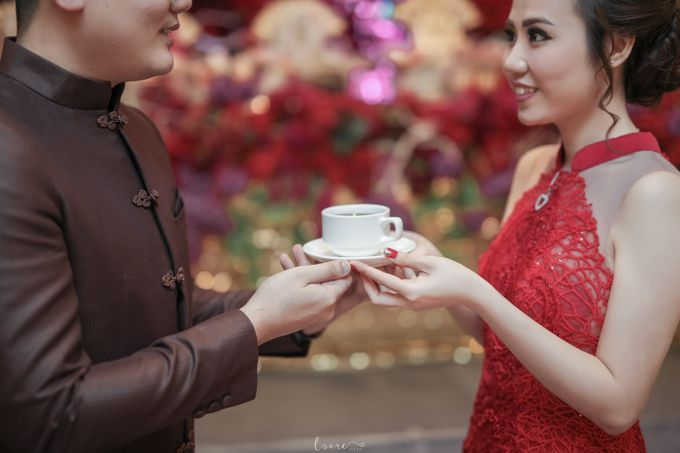 THE ENGAGEMENT OF VALERIE & ROBBY by natalia soetjipto - 004