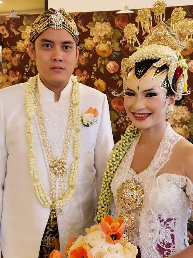 Rosa & Thomas Wedding by Arum Ndalu Sanggar Rias Pengantin - 001