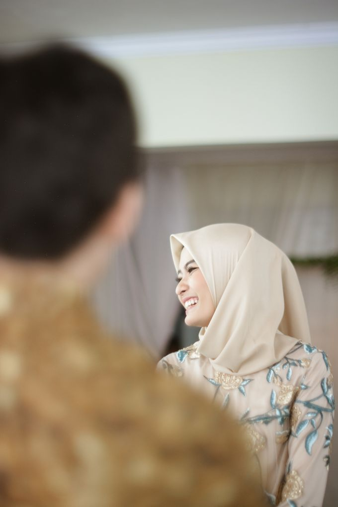 Dila Ceka Engagement Story by by Amal Photography - 008