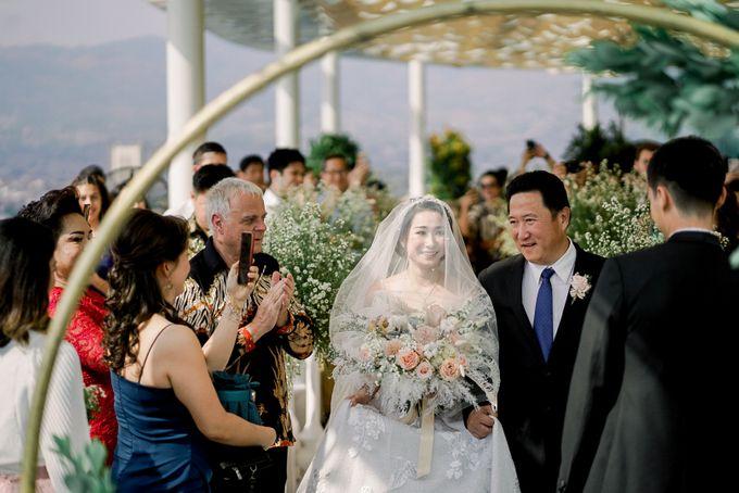 Aldo & Vebi Wedding by Fuchsia Decoration - 009