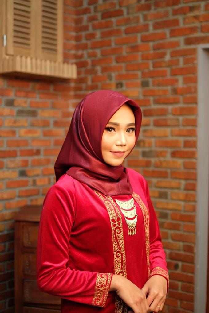 omg...so pretty with hijab by R & E Bridal - 001