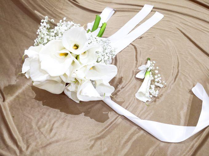 Boutonniere & Corsage by Frisch Florist - 003