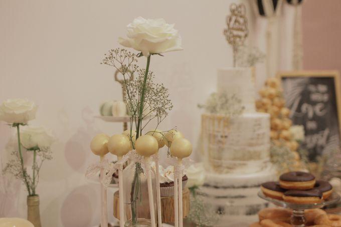 Rustic Dessert Table by Gordon Blue Cake - 027