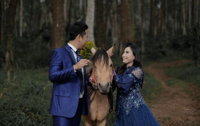 Prewedding Outdoor Iqbal & Eva by PANORAMA PHOTOGRAPHY - 002