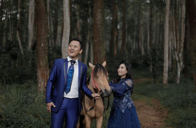 Prewedding Outdoor Iqbal & Eva by PANORAMA PHOTOGRAPHY - 001