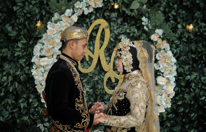 The Wedding Of Rosyid & Riska by PANORAMA PHOTOGRAPHY - 004