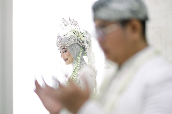 The Wedding Of L&R by Senadajiwa - 028