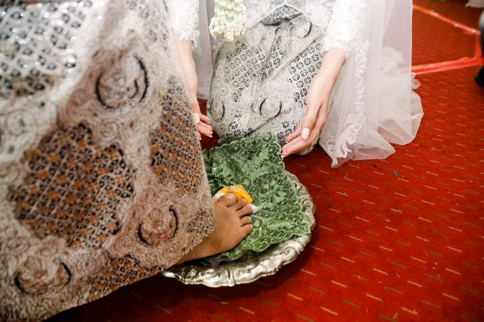 The Wedding Of L&R by Senadajiwa - 033