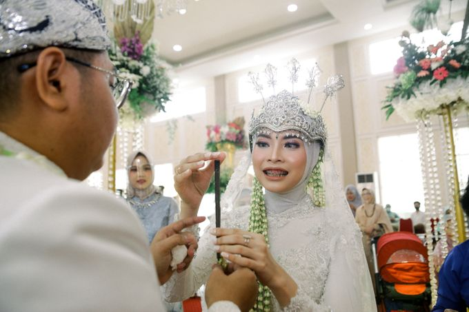 The Wedding Of L&R by Senadajiwa - 030
