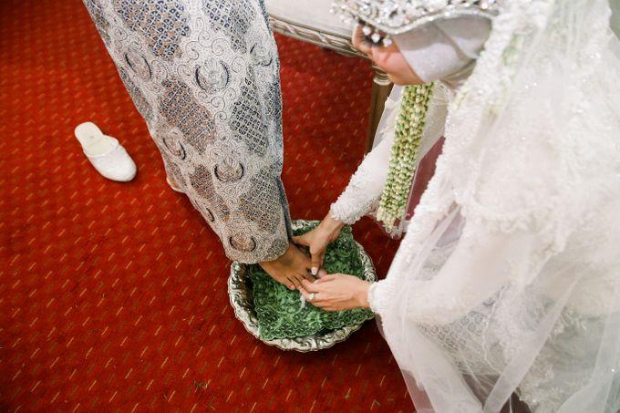 The Wedding Of L&R by Senadajiwa - 032