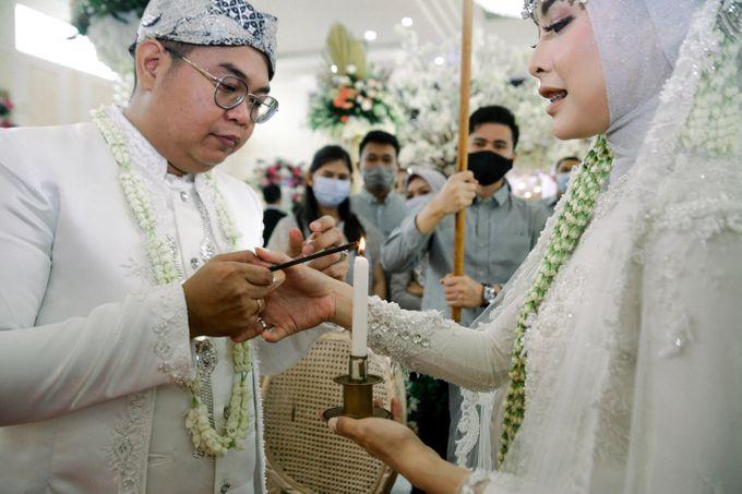 The Wedding Of L&R by Senadajiwa - 026