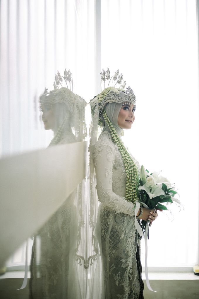 The Wedding Of L&R by Senadajiwa - 016