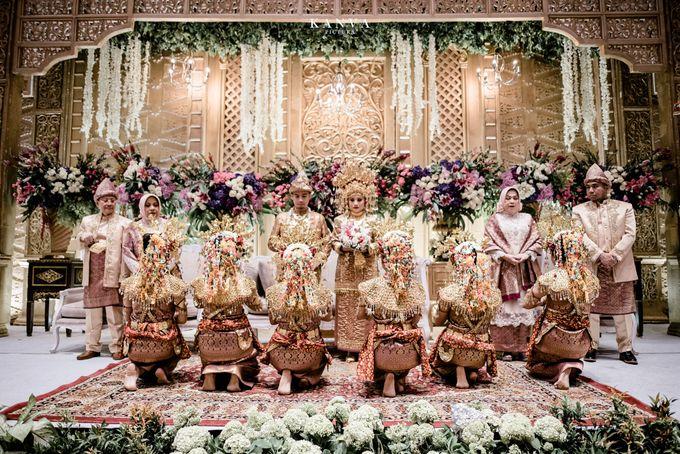 Wedding Rendra & Indri Granada Ballroom Menara 165 by Medina Catering - 010